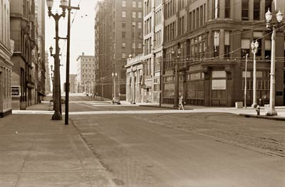 St. Louis, Missouri 1940, downtown street on a Sunday morning