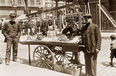 Italian Street Vendor in New York, 1908