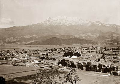 Iztaccihuatl from Sacramonte, mountain late 19th century