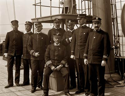 USS Raleigh Captain Joseph Bullock Coghlan, officers, 1898